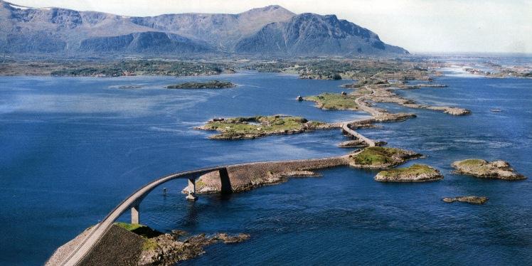 Atlantic-Road.Norvegia.jpg